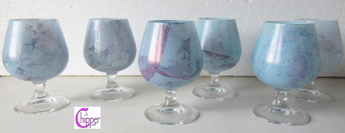 Bicchieri di vetro marmorizzato azzurro