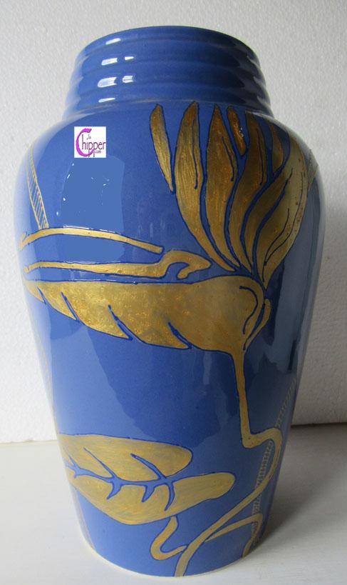 Vaso di ceramica blu oro antico